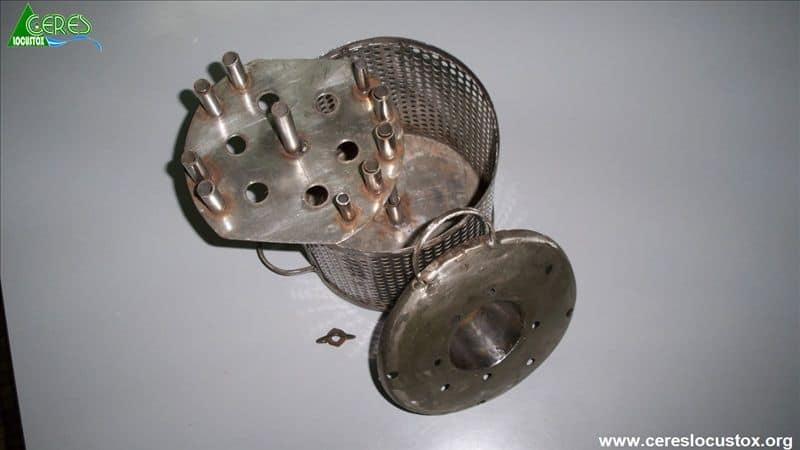 Cage de LFT pour échantillonnage passif de l'eau 2